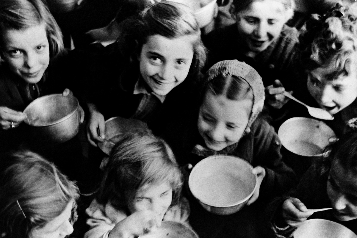1946 refugee children in Greece